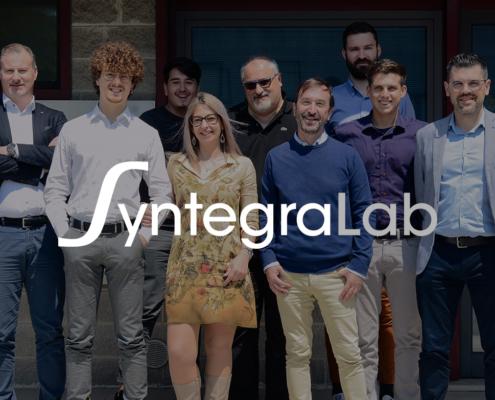 il team di Syntegra Lab festeggia i 10 anni